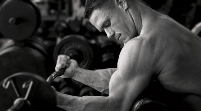 John-Cena-Arm curls