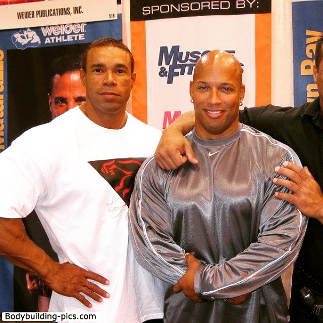 Old school. #kevinlevrone @sugarshawnray #shawray #rippedphysique #rippedabs #shreddedabs #fitbody #begreat #mrolympia #bodybuilder  #ifbb  #bodybuilding  #workhard #IFBBPro #bodybuilding #nevergiveup #work #workyourassoff  #motivation #BEMOTIVATED #gymmotivation #rippedphysique #quotes #quote #succeed #success  #fitness #bestrong ??