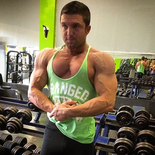Beyond shredded! ??@marcojorgearaujo ? #rippedphysique #fitspo #fitspiration #fitguys #guysthattrain #guysthatsquat #shreddedabs #fitbody #begreat  #bodybuilder  #workhard  #bodybuilding #nevergiveup #work #workyourassoff  #motivation #BEMOTIVATED #gymmotivation #