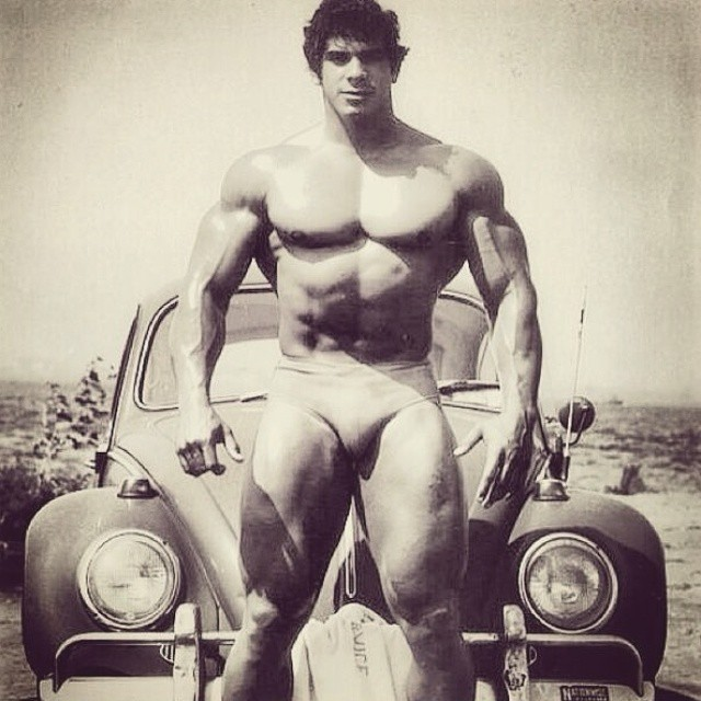 ? the #hulk @ferrignolegacy ??? #louferrigno #fitguysofig #fitbod #begreat #bodybuilding #nevergiveup #work #workyourassoff  #motivation #BEMOTIVATED #gymmotivations #fitness#legendsofbodybuilding #mrolympia #fitspo