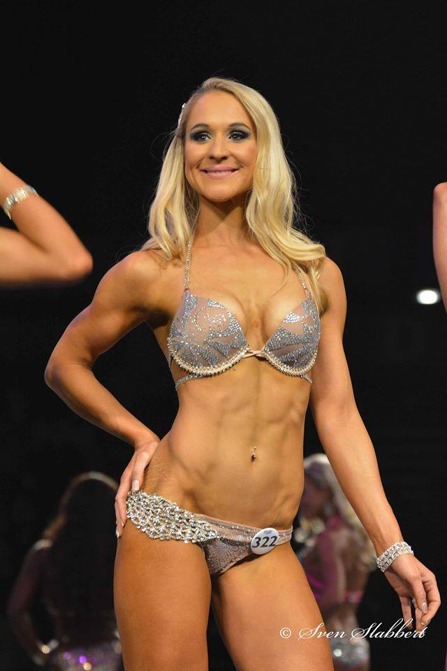 Samantha Hunter - Fitness, Stage & Nutrition
