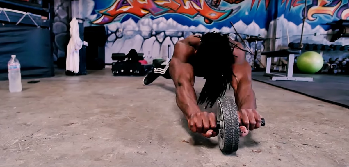 African Muscle Monster, Alseny! Incredible Strength And Skills!