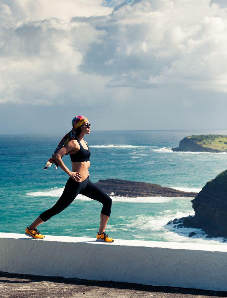 Female outdoor bodyweight leg routine