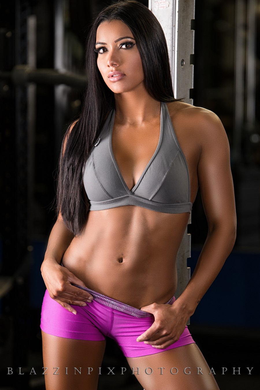 FitNish.com Interview With Brazilian Fitness Model & WBFF Pro, Gabi Castrovinci