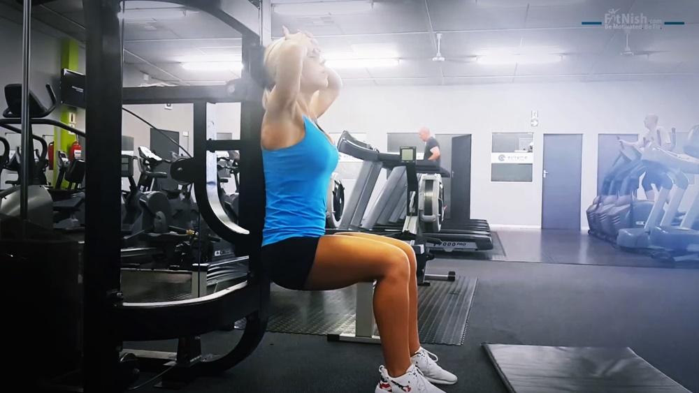 Alrieta's SUPER DUPER Superset Leg Workout! [Full Video]
