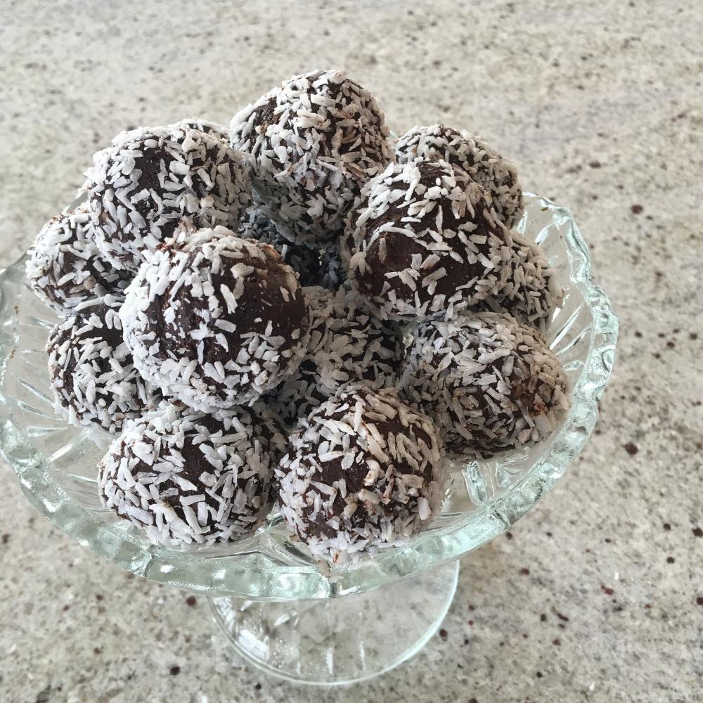 chocolate AVO -balls