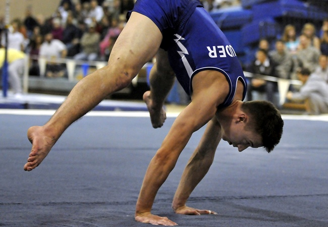 Secrets of the Press To Handstand