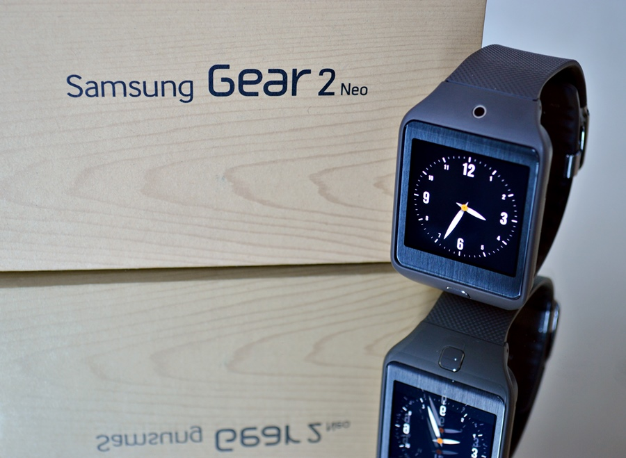 A Look at the Samsung Gear 2 Neo Smart Watch