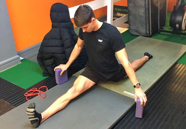 Beginner Hamstring Flexibility Routine By Tom Merrick