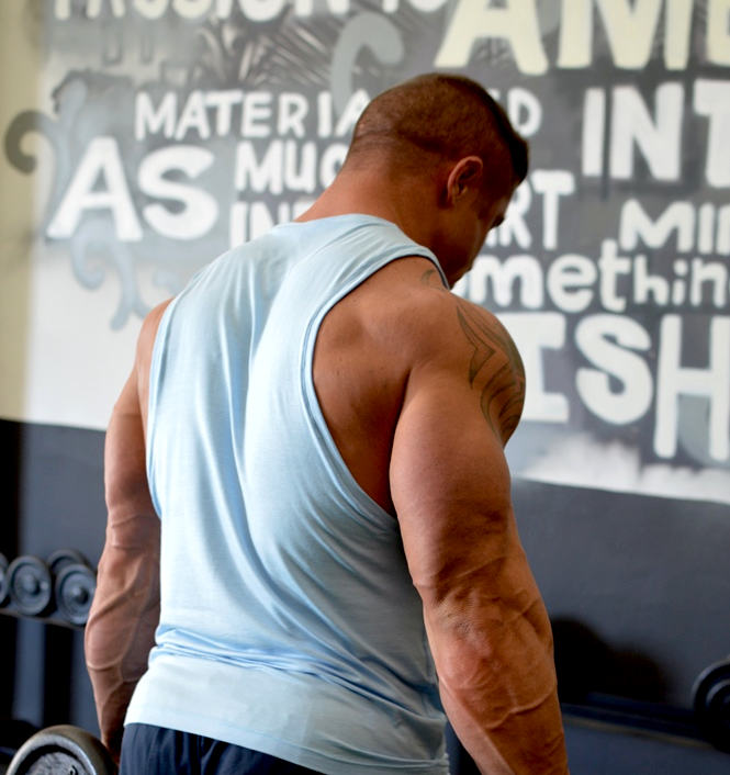 How To Make The Perfect Stringer Tank By Evan Centopani
