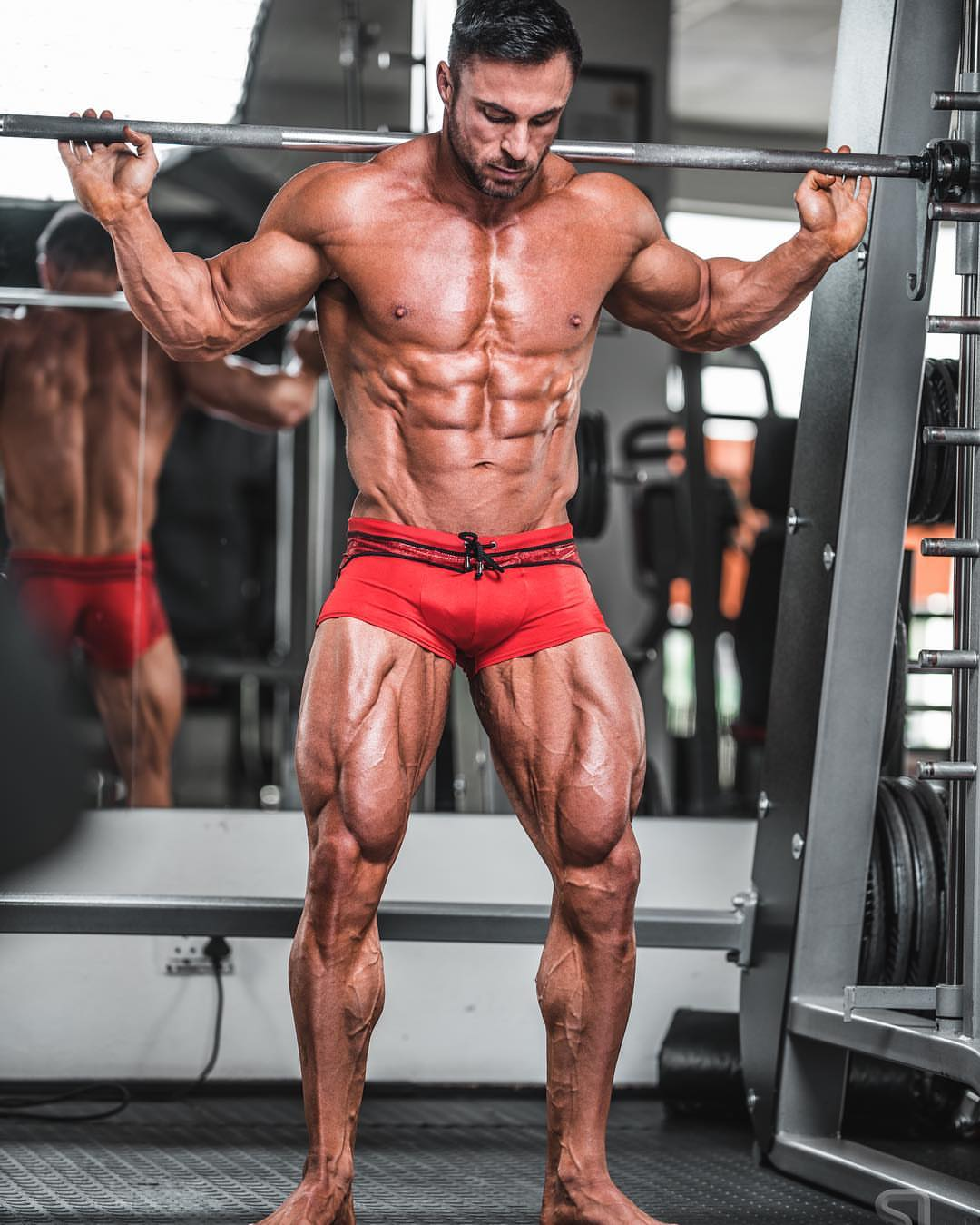 One On One With WBFF Pro, Robert Smith | FitNish com