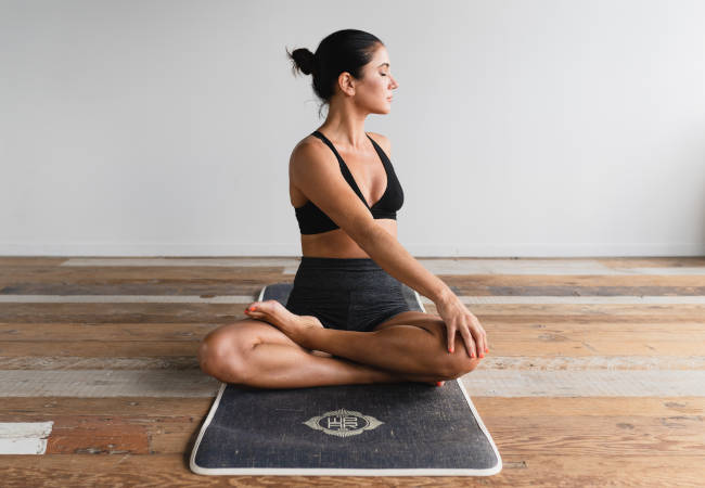 8 Simple Mind And Body Benefits of Hot Yoga