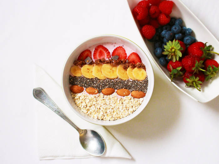 fruits breakfast bowl