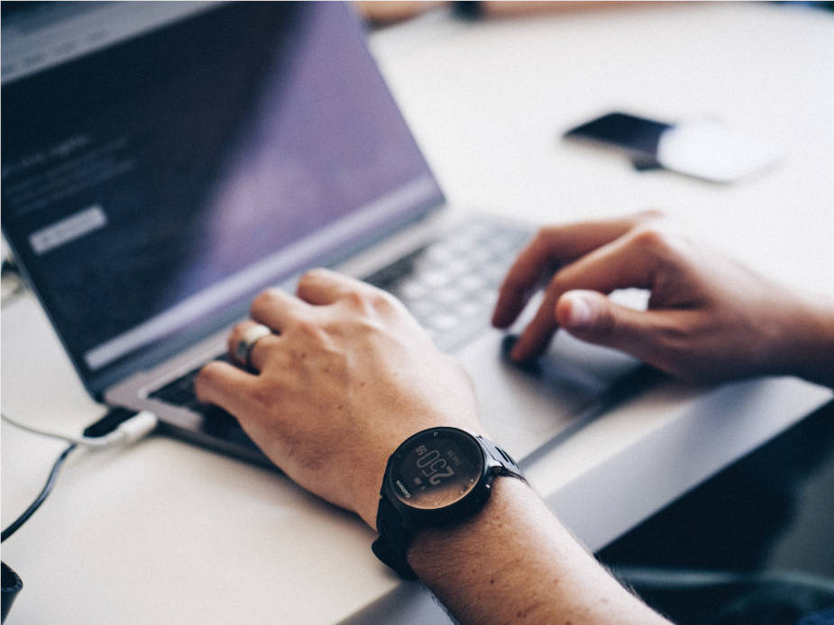 smartwatch laptop