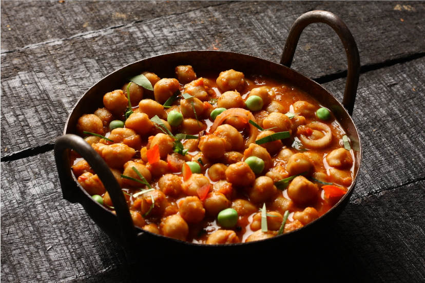 Quick And Easy Recipes You Can Make With A Can Of Chickpeas